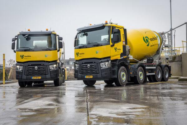 Mebin heeft eerste Renault Trucks 8X4 betonmixers van Nederland
