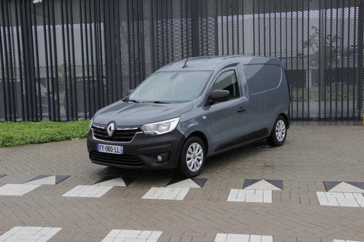 Renault-bestelautoserie-Afb-1