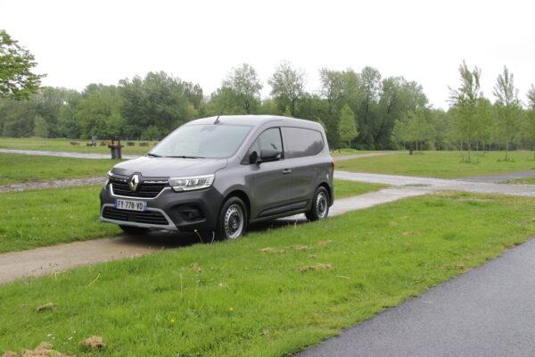 Renault-bestelautoserie-Afb-2