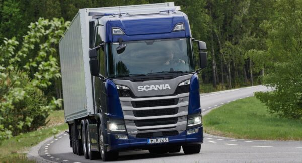 Scania zescilinder