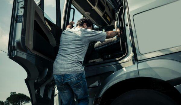 chauffeur cabine truck code 95