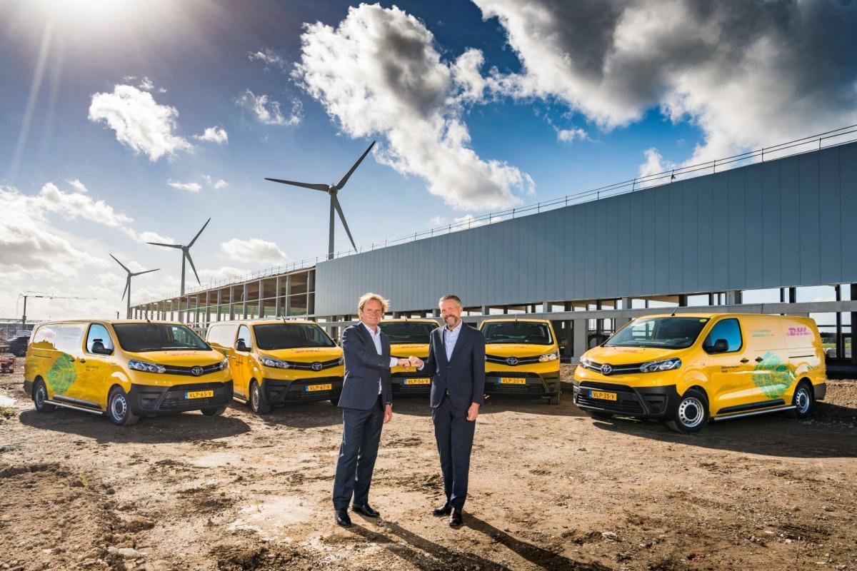 dhl parcel schaft 400 elektrische Toyota-bedrijfswagens aan