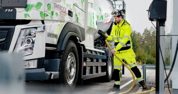tanken elektrische vrachtwagen