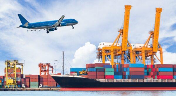 containers op schip haven vrachtvliegtuig gevaarlijke stoffen