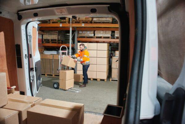 onderzoek naar sector koeriers en pakketdiensten