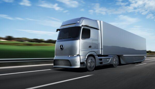 e-truck Mercedes-Benz op snelweg