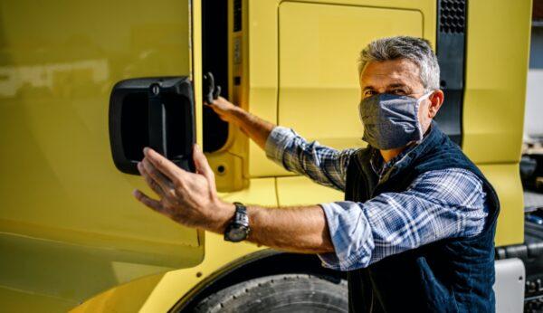 chauffeur mondkapje truck rijbewijzen