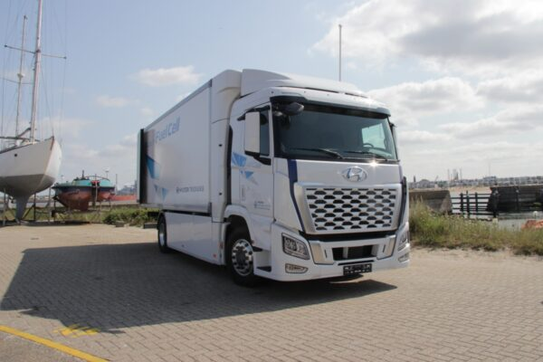 hyundai xcient fuel cell in nederland